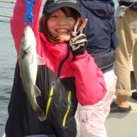 釣りガール のサムネイル