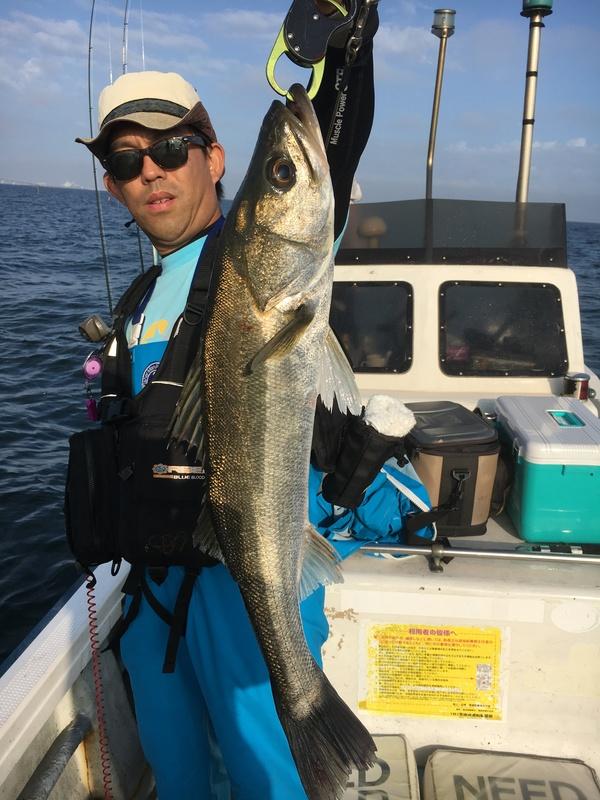 シーバス、イナダ、サワラ、マゴチ釣れました。